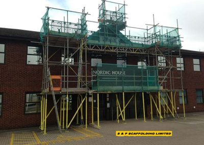 Roofing scaffolding